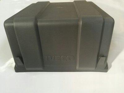 500318410 крышка акб iveco eurocargo
